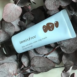 Зволожуюча глиняна маска з гіалуроновою кислотою Innisfree Jeju Volcanic Color Clay Mask Hydrating Blue (Фото 3)
